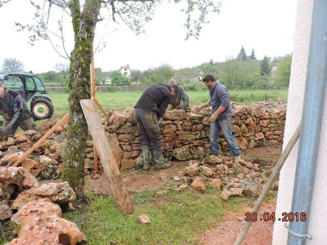 Reconstruction mur pierre seche 4